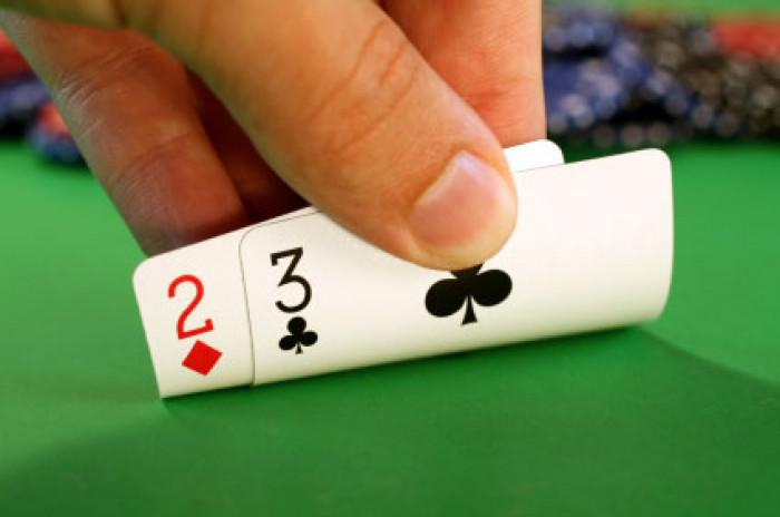 Veština protiv sreće u pokeru
